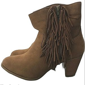 Rampage Brown Fringe Suede Leather Western Ankle Boots NIB!